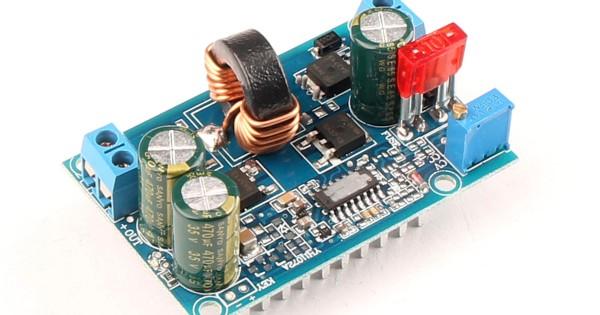 DC//DC Automatic Boost Buck Converter Module 60W Constant Voltage//Current Car Voltage Regulator DC5-32V to 1.25-20V